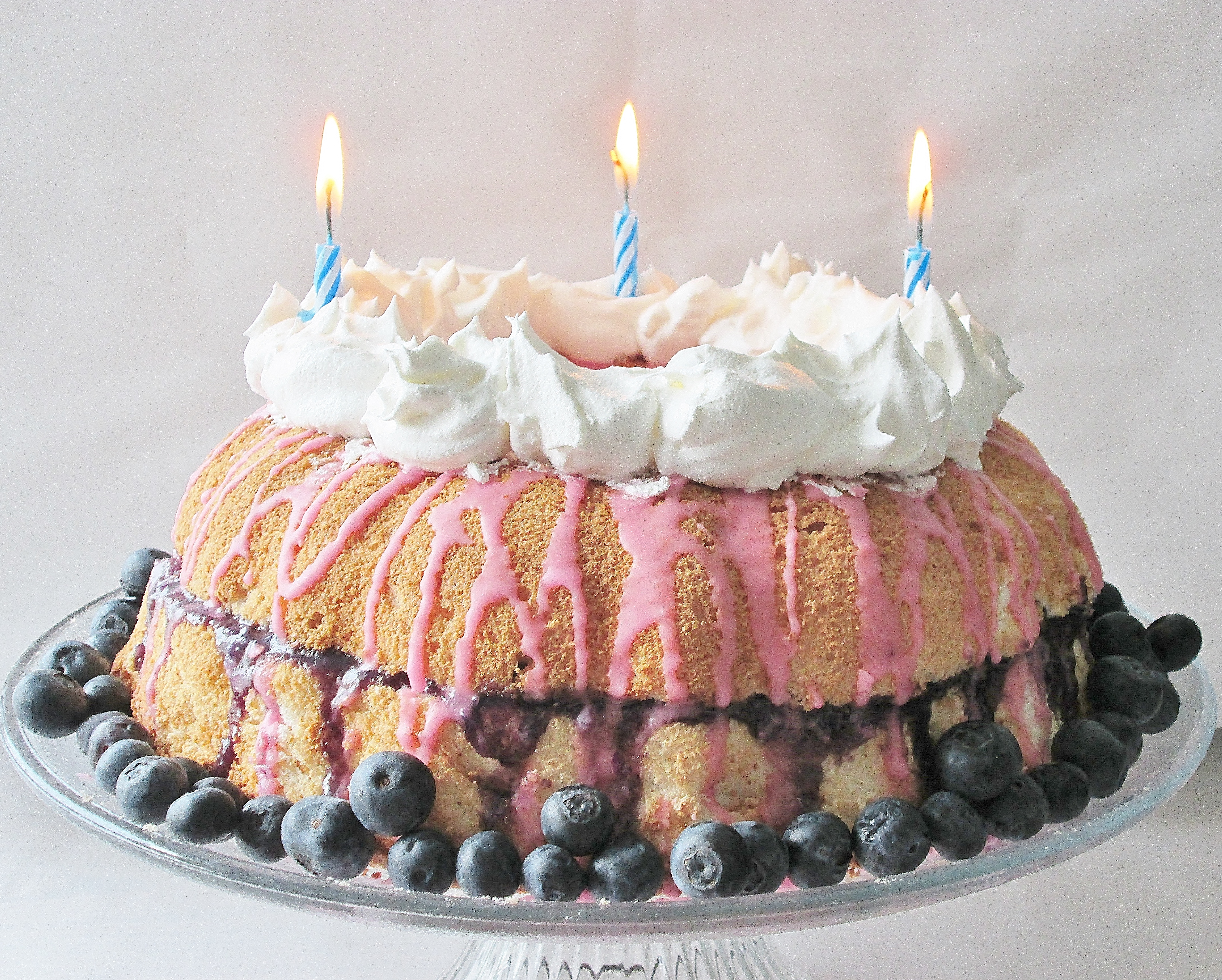 Eeyores Hipy Bthuthday Birthday Cake Angel Food Cake with