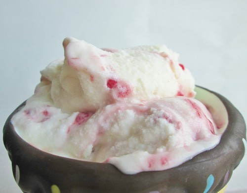 anne-of-green-gables-raspberry-cordial-ice-cream-d-3720