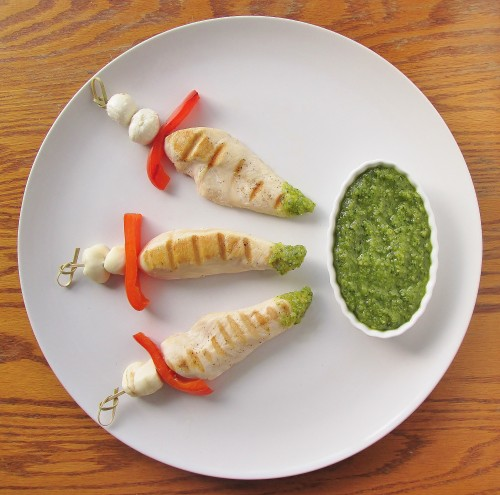 romeo-and-juliet-poison-tipped-dagger-chicken-kabobs-e-7141