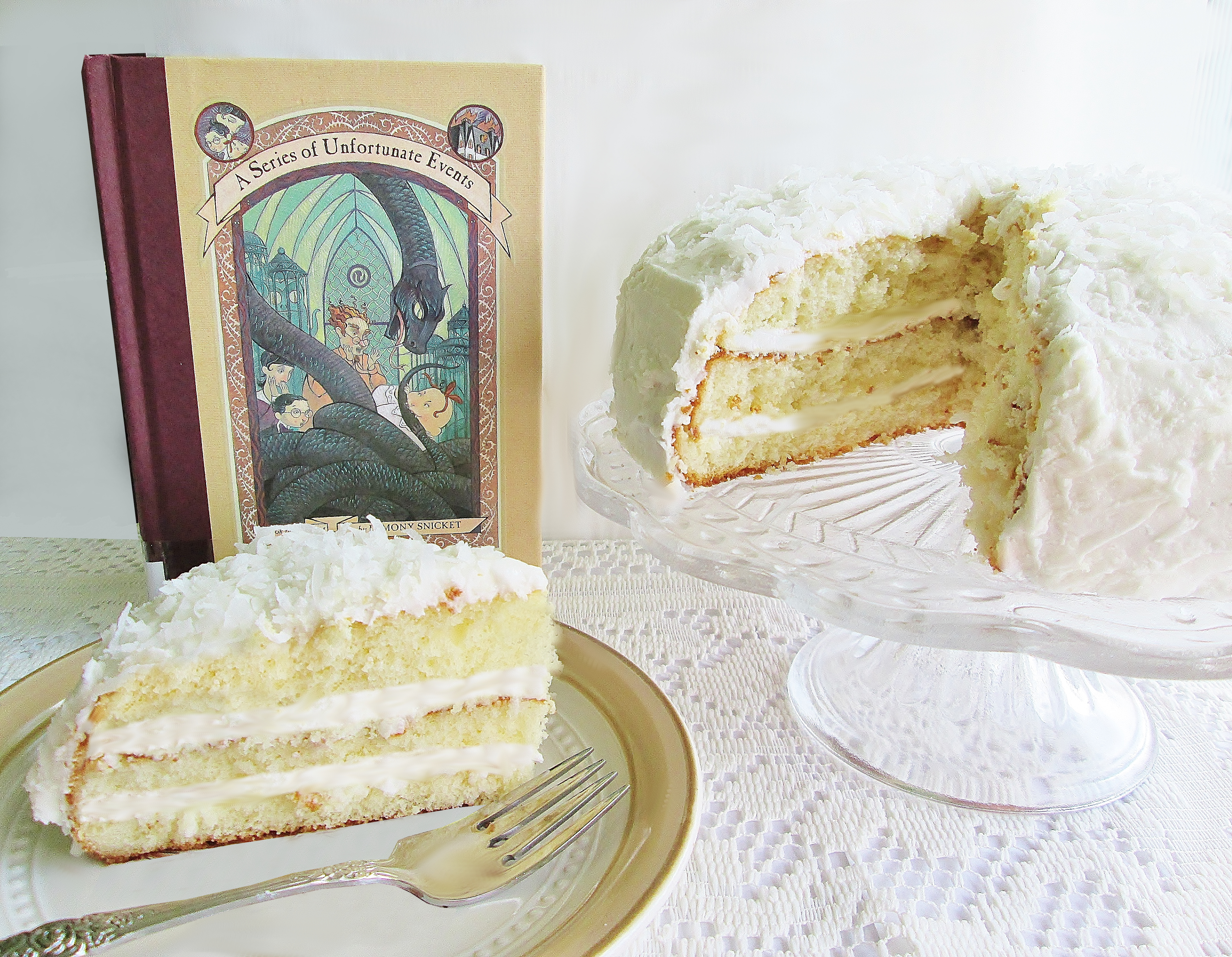 series-of-unfortunate-events-coconut-cake-d-5298