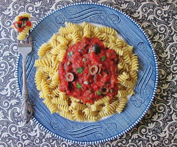 series-of-unfortunate-events-pasta-puttanesca-e-5011