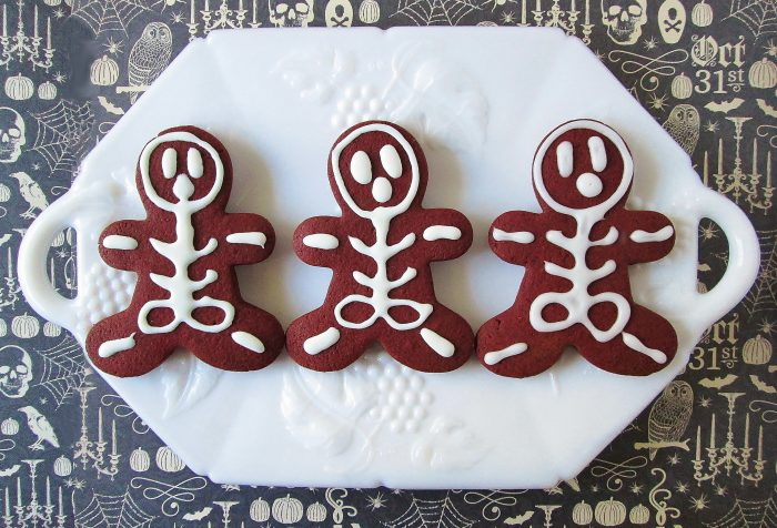 edgar-allan-poe-red-death-red-velvet-skeleton-cookies-d-0494