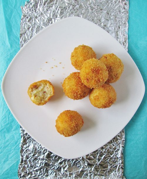 james-and-the-giant-peach-fried-snowballs-mashed-potato-balls-sd-0072
