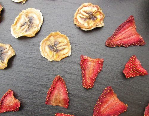 sabriel-dried-fruit-strawberries-bananas-ap-1437